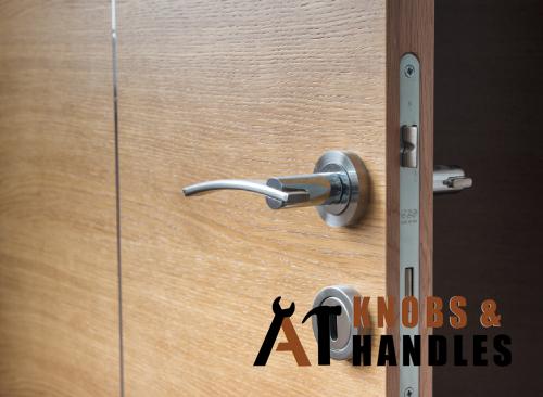 door-handle-services-a1-knobs-&-handles-singapore-1