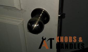 door-knob-installation-services-a1-knobs-&-handles-singapore-2 (2)