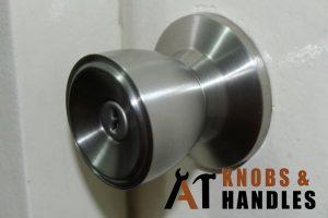 stuck-door-knob-handle-installation-a1-knobs-&-handles-singapore
